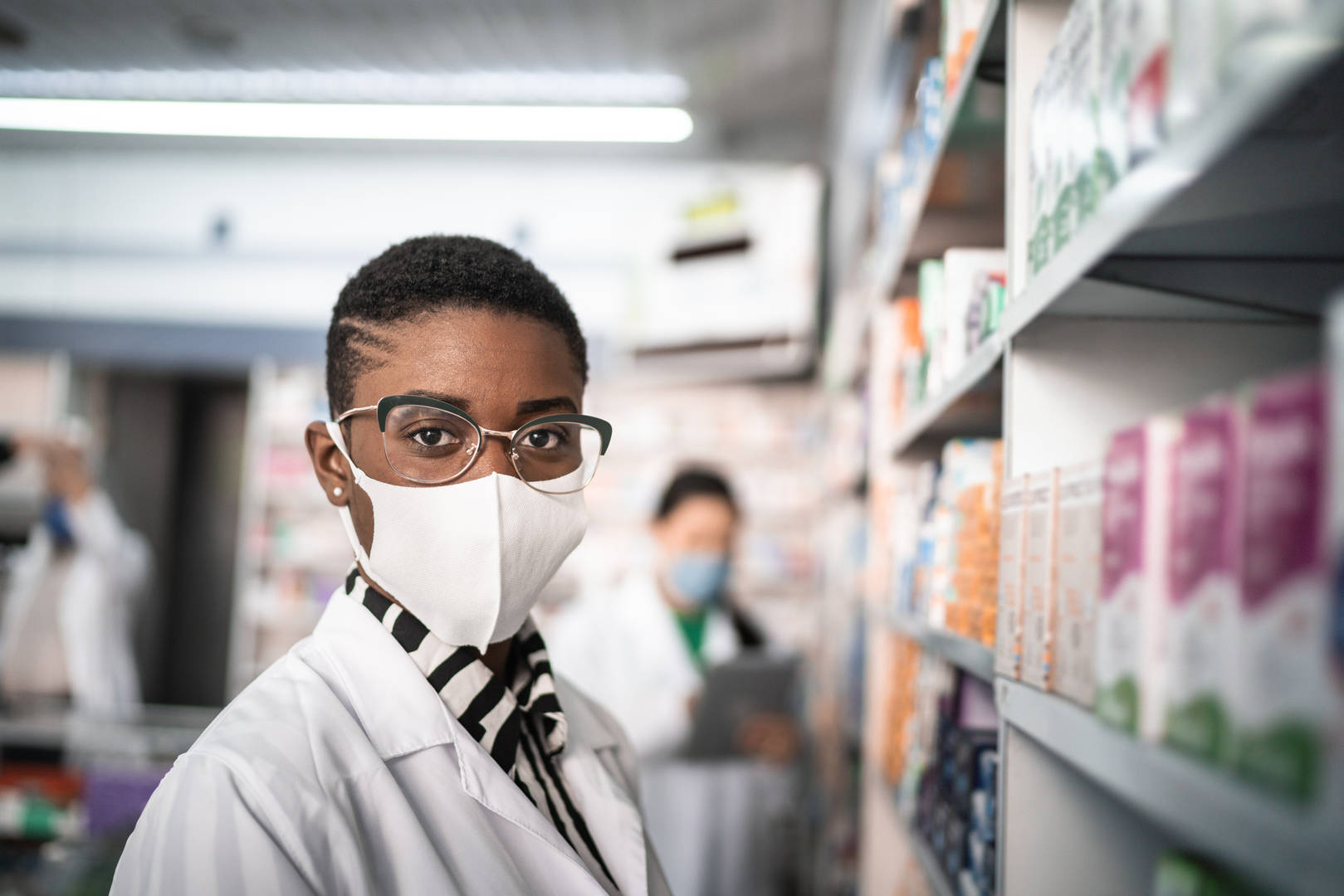 pharmacist in mask